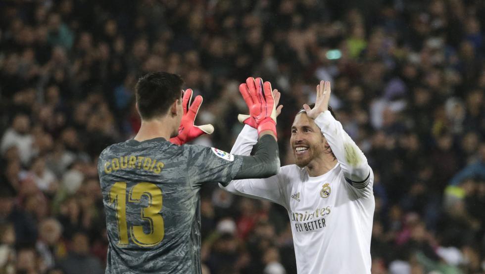 La defensa sostiene al Madrid de Zidane