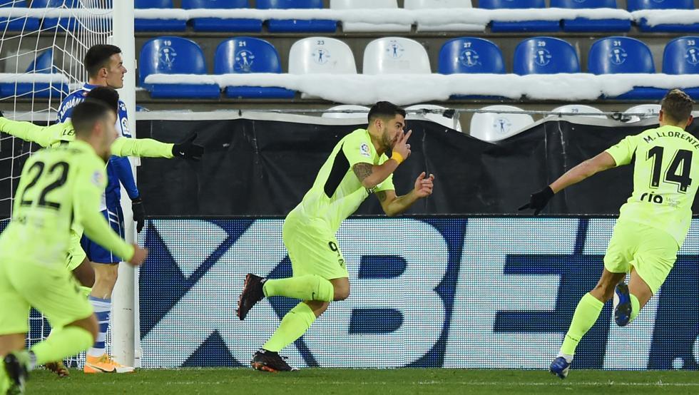 Suárez y Griezmann rematan las mismas veces a gol