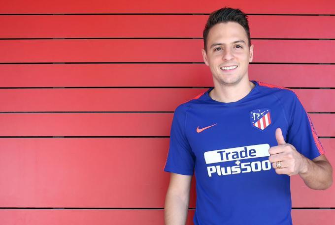 El Atlético sigue con la operación salida: Santiago Arias ya está en Granada
